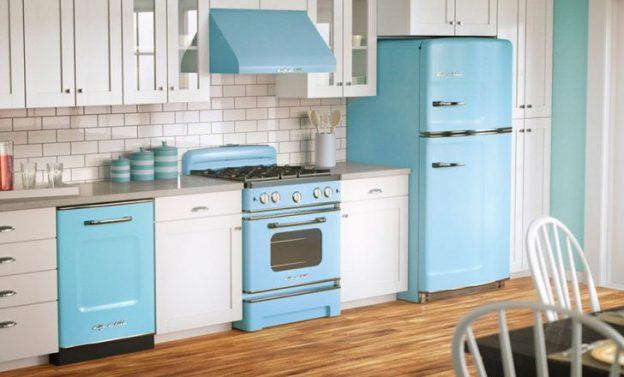 pequeña cocina vintage azul