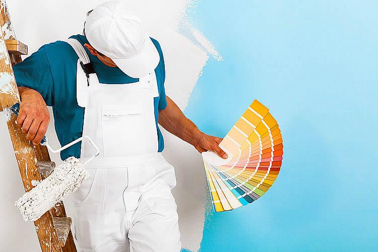 pintor profesional y paleta de colores